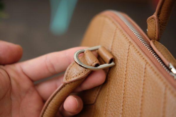 58605d3ba170472e1e61 - MINK Leather