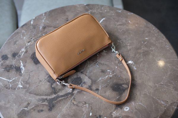 61da6a3ef8e601b858f7 - MINK Leather