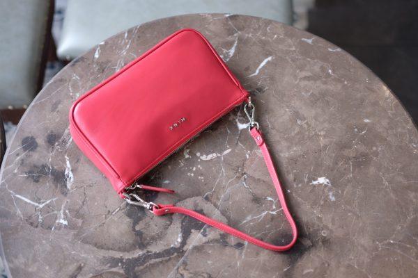 ff537221e5f91ca745e8 - MINK Leather