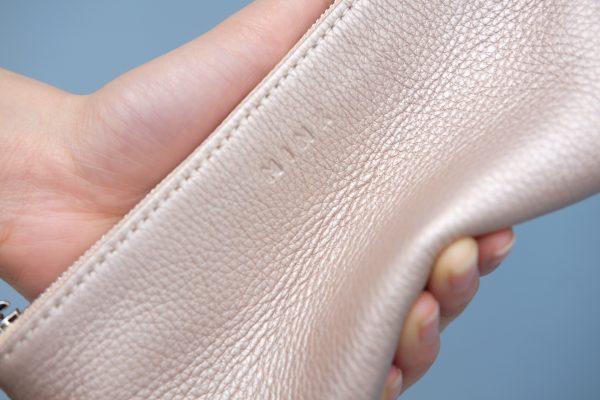 KY25 Be hồng ánh kim 2 - MINK Leather